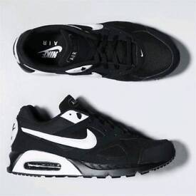 Nike Air Max Ivo Mens Trainers Size UK 11 for £80.00