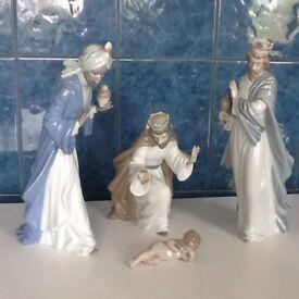 Christmas Lladro Nao Crib
