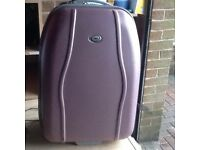Lightweight medium hard shell suitcase to clear £12.50