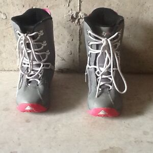 Snowboard Boots - Girls Size 5