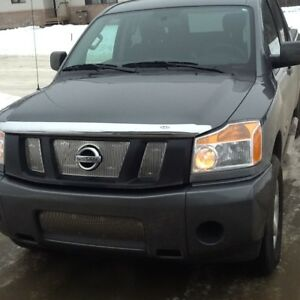 Solid and Reliable 2015 NISSAN TITAN