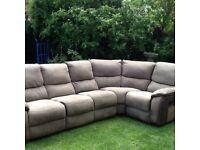 Large 6 seater recliner corner sofa