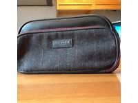 Ted Baker men's toiletries travel bag