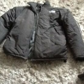 The north face anorak size large grey. Excellent condition. No hood