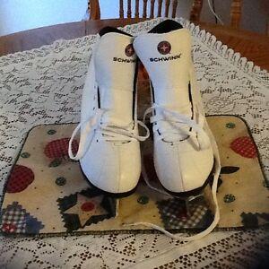 Size 8 Ladies Skates