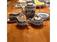 Willow pattern coffee set.