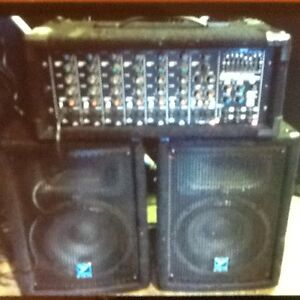 YORKVILLE MP8 Channel Power Mixer + 2 speakers $799