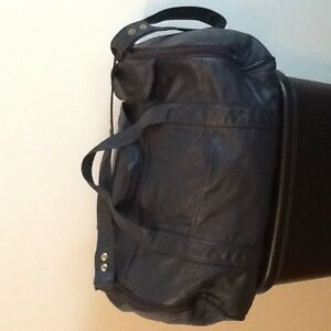 LEATHER CARRY-ON BAG Peterborough Peterborough Area image 1