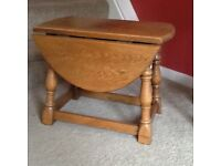 A small table opens both sides great little table