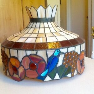 TIFFANY STYLE STAINED GLASS CEILING FIXTURE