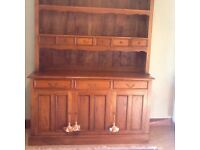 Large dresser, solid wood, excellent condition