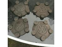 Vw caddy centre caps/wheel nut covers