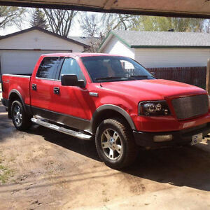 2004 Ford F-150 SuperCrew FX4 Pickup Truck