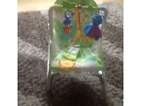 FISHER PRICE VIBRATING AND ROCKER BABY CHAIR SUITABLE FROM BIRTH