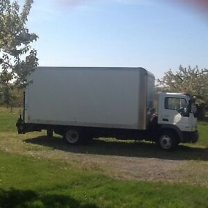 2009 international CF 500 citystar 16 ft. Box with tailgate