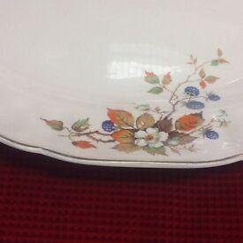 Large oval plate, vintage