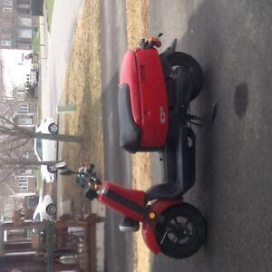 Yamaha Scooter rouge 50cc 2008