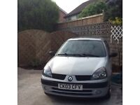 Clio expression 1.2 petrol 12 month mot