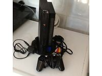 PS2 GAMES CONSOLE WITH STAND LEADS AND CONTROLLER