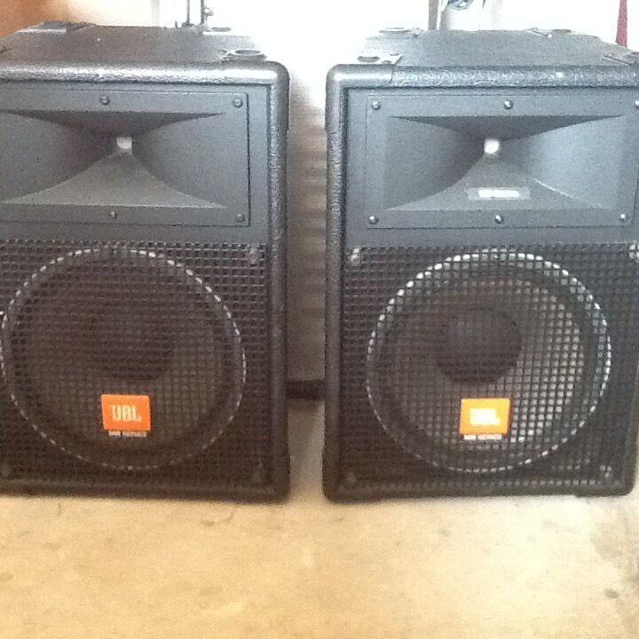 jbl mr series 12 inch speakers 300 watts in vale of glamorgan gumtree
