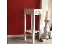 A small white table for any room