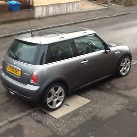 Mini Cooper s 06 plate 68909 miles metallic gunmetal grey