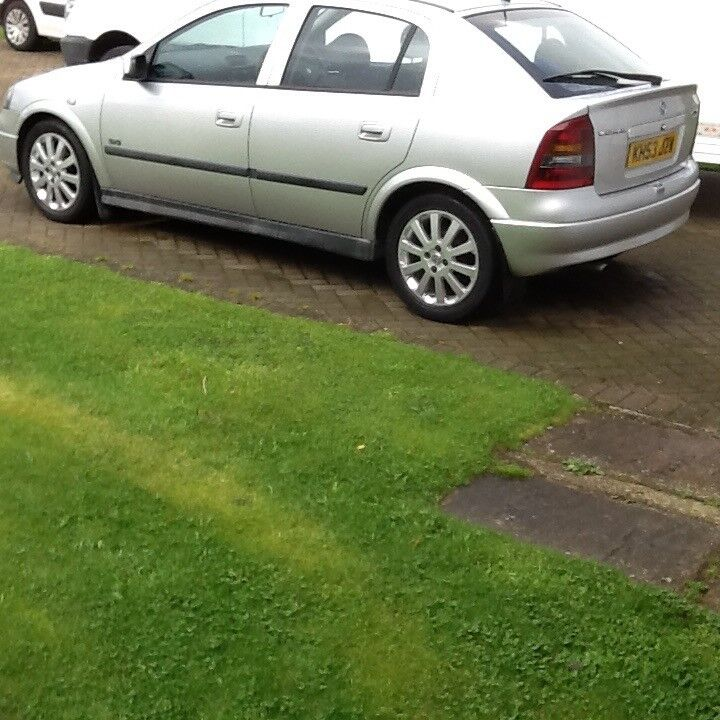 Astra SXI 5door low mileage