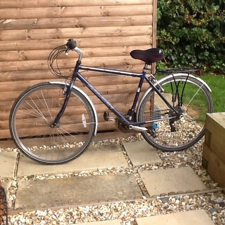Gents bicyclein Sturminster Newton, DorsetGumtree - Gents Raleigh Pioneer road bike in very good condition, fitted with mudguards and back pannier rack