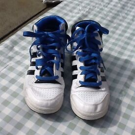 Lashes adidas trainers size 5.5