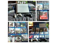 Playstation 4 White 500GB Bundle, 12 games, 2 controllers