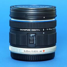 Olympus Four/Thirds Lens 9-18mm (Wide Angle) 1:4-5.6 ED MSC