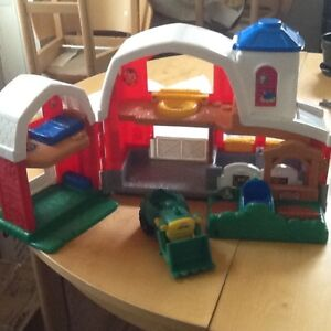 Fisher Price barnyard with animals and accessories