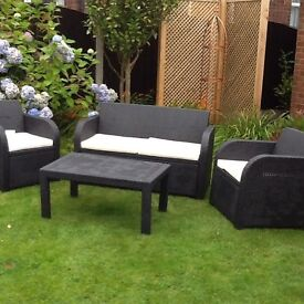 Rattan look garden furniture