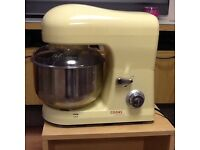 Cook works stand mixer in excellent condition would make a good Christmas present.