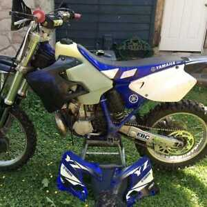 Wanted 2000 yz 250 gas tank,message with any other parts