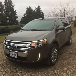 2013 Ford Edge SEL. Equipped with AWD. HEATED LEATHER SEATS
