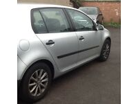 VW Golf TDI 2005 Silver for sale.