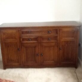 Fabulous Condition Sideboard/drinks cabinet ex Hunters Derby