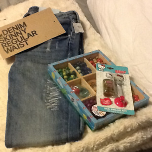 Girls Jeans & Bead set BRAND NEW