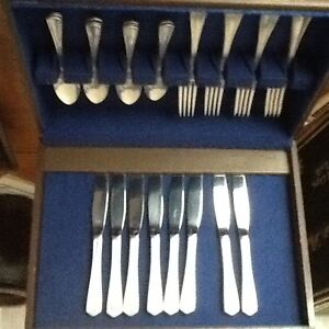 Silver plate cutlery and storage box Kitchener / Waterloo Kitchener Area image 3