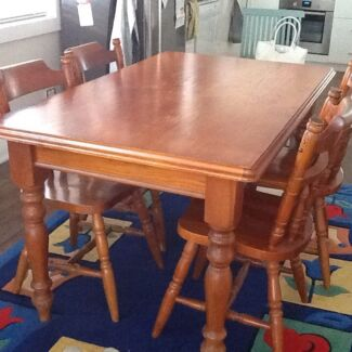 Wooden table and 4 dining chair New Lambton Newcastle Area Preview