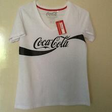 Coca Cola White/Black Women's T-Shirt- Size 10/12.