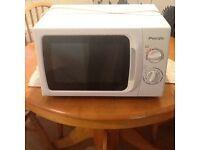 Pacific microwave 700w