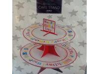 Brand new cardboard cake stand