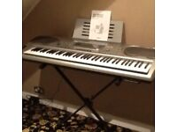 Casio organ with stand
