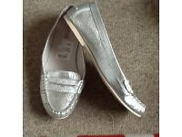 Pavers silver shoes