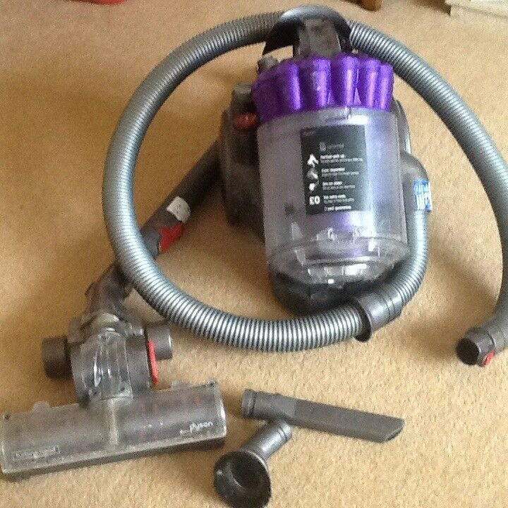 Dyson DC32 Animal vacuum cleaner