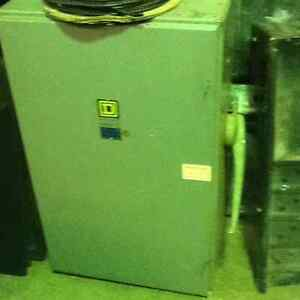 Commercial 3 Phase Electrical Box 400 amp 250 volts $400