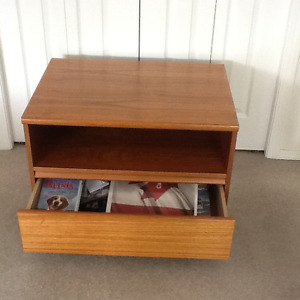 TEAK!!!   CABINET SUITABLE FOR BED SIDE NIGHT STAND OR TV
