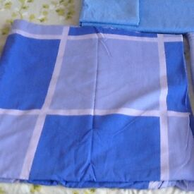 Bundle of King. Sized blue bedding & curtains